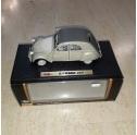 MAISTO.CITROEN 2CV 1952 1/18